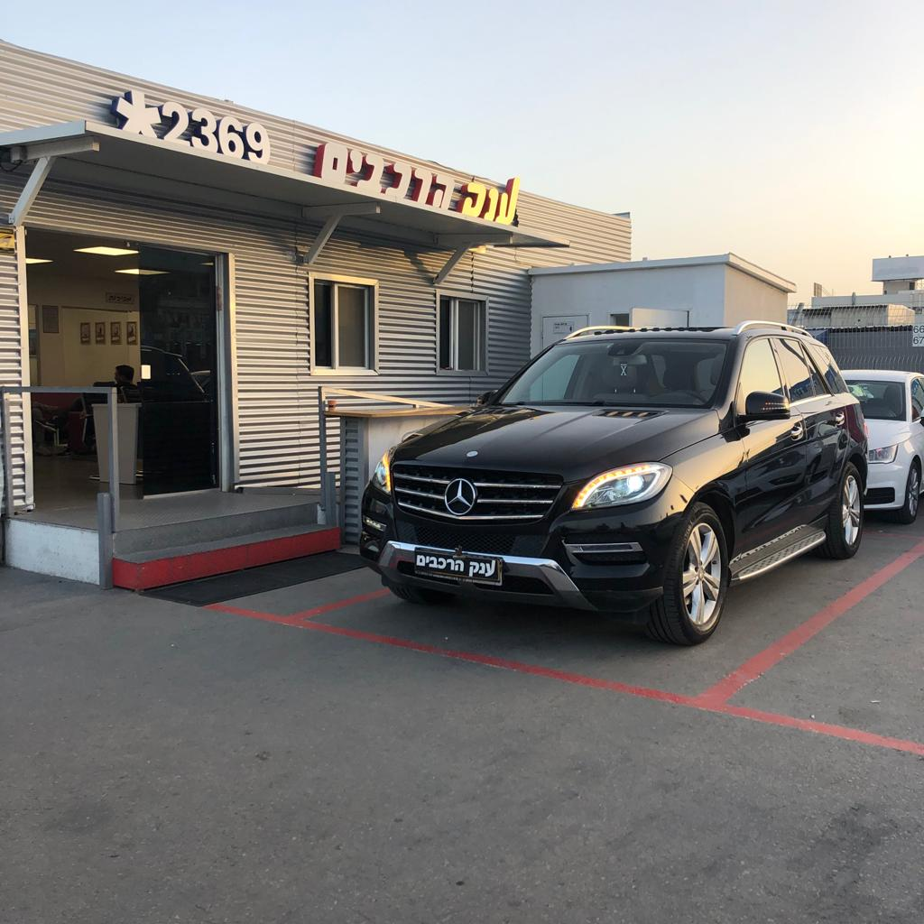 מרצדסML350 4MATIC